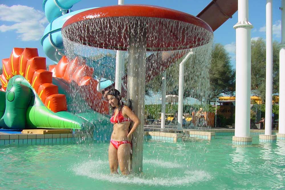 Wasserpark In Rimini Beach On Ocean Village Hotel Jorena